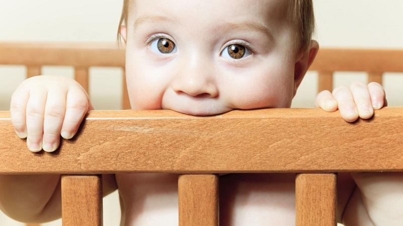 روشهای کاهش درد دندان درآوردن نوزادان | بهترین ایمپلنت اصفهان