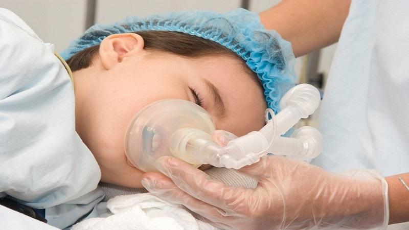 نیاز کودک به دندانپزشکی با آرامبخشی   بهترین ایمپلنت اصفهان