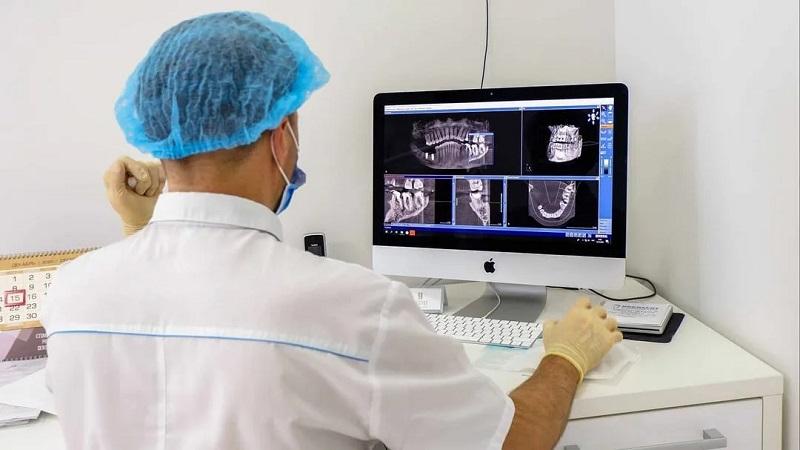ایمپلنت دیجیتال چیست؟ | بهترین دندانپزشک زیبایی اصفهان